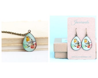 Woodland Jewelry - Gift Set - Bird Jewelry - Robin Red Breast - Necklace and Earrings - Gift For her - Nature Necklace - Nature Earrings