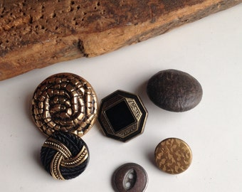 Vintage Buttons, Plastic Buttons, Buttons with Shanks, PMC Stamping, Clay Stamping, Polymer Clay Stamping, Reuse, Recycle Buttons