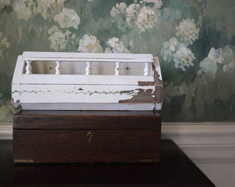 Vintage wood container box - cream distressed - vintage re-do