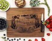 Personalized Cutting board, Custom Cutting Board, Personalized Wedding Gift, Custom Engraved Walnut --21006-CUTB-002