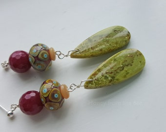 Colorful Lampwork earrings in Chartreuse and Magenta - My Garden