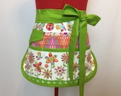 Magic Garden Sassy Vendor Apron, Half Apron, 6/8 pockets, Womens, Plus Sizes, great for gardening, utility, crafts, teachers, Farmers Market