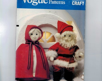 Craft Doll Sewing Pattern Vogue 8442 Mr and Mrs Santa Clause Dolls Home Decor Craft Holiday Christmas Xmaz Winter Figure UNCUT