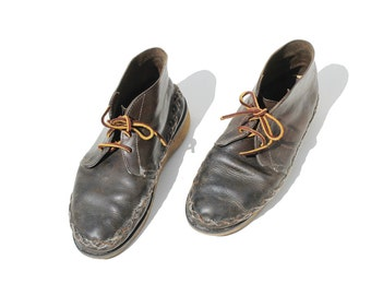 Vintage Dark Brown Waxed Leather Moccasin / Chukka Moccasin Ankle Boots / size 7.5