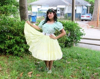 SALE Vintage Pale Yellow Square Dancing Skirt High Waist Full Skirt Swing Dance Skirt Light Yellow with Pocket Rockabilly Lolita Size Small