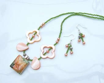 SET - 'Sleeping Beauty' Scrabble Tile and M.of Pearl Pendant Necklace and Earrings