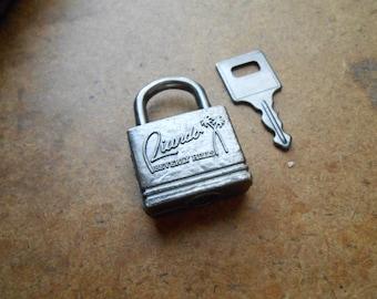 ricardo beverly hills vintage luggage padlock lock and key palm trees travel - retro midcentury