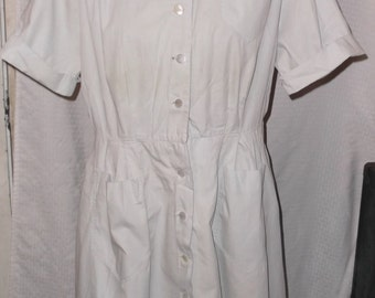 1950s Vintage Shirtwaist House Dress by Nelly Don 40 Bust 30 Waist