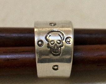 Silver Skull ear cuff no piercing needed