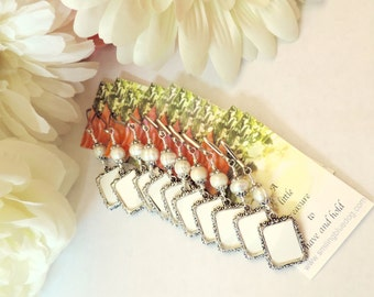 Wedding bouquet photo charms. 10x Pearl bridal bouquet charms. Gift for the bride. Bridesmaids' gift. Pew Markers. Gift for her.