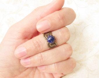 Isis Top Knuckle Ring, Lapis Lazuli Ring, Blue Stone Ring, Natural Gemstone Midi Ring, Egyptian Ring, Isis Ring, Pinky Ring, Adjustable Ring