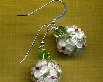 Sterling Silver Flower Earrings, Daisy White Floral Earrings, Lampwork Glass Earrings, Swarovski Crystal Earrings, 925 silver by AnnaArt72