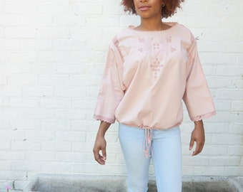 Top Vintage Boho Dusty Pink 1970s Crocheted Shirt