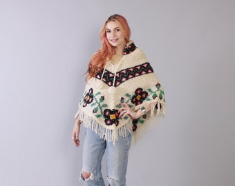 Vintage 70s PONCHO / 1970s Soft Wool Knit Fringed Pom Pom Floral CAPE