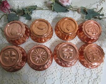 Tart Tins Set of 8 Aluminum Copper Tone Jello Molds Decorative Bottoms