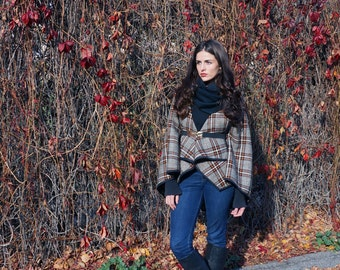 Plaid Cape / Plaid Scarf / Belted Cape / Plaid Wrap / Blanket Scarf / Winter Fashion / Plaid Fashion / Etsy Gifts / Convertible Corso Cape