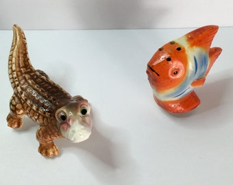 Salt and Pepper Shakers, Alligator and Tropical Fish, Vintage