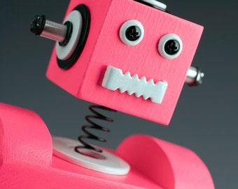 Robot Bobblehead Clock Pink