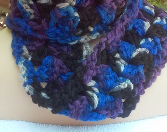 Thick Chunky Soft Scarf / Blue Black Mix Scarf / Chunky Scarf / Soft Scarf / Crochet Scarf /