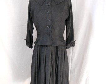 1960s Jonathan Logan two-piece dress. Office to party dress. Small. Full skirt. Dropped waist. Charcoal grey rayon.