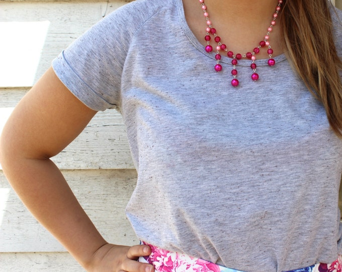 SALE Ombre pink crackle bead necklace.