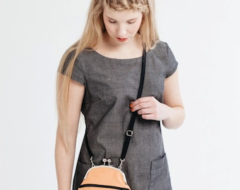 small cross body bag with zipper pocket, apricot