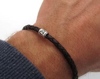 Mens Bracelet, Leather bracelet for men, Mens Jewelry - Braided Leather Bracelets for Men, Black / Brown leather Braceletwith Bead Unique