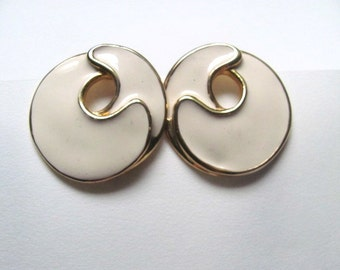 Gold and ivory enamel geometric vintage circle earrings, round hoops, 1980s