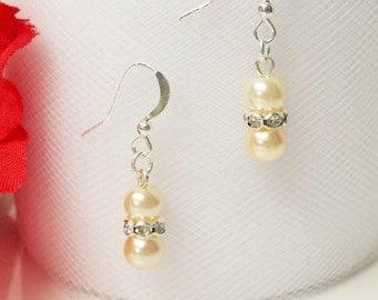 Light Peach Pearl Earrings - Traditional Bridesmaid Earrings - 6mm Rondelle Rhinestone Flower Girl Earrings