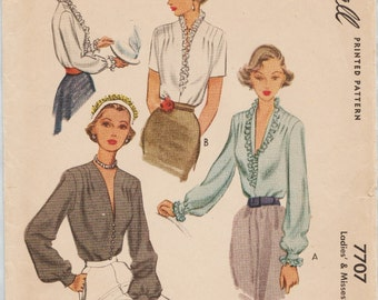 McCall 7707 / Vintage 40s Sewing Pattern / Blouse / Size 16 Bust 34
