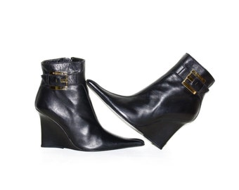 GIANNI VERSACE Vintage Boots Black Leather Wedge Buckle Ankle Booties 38 - AUTHENTIC -