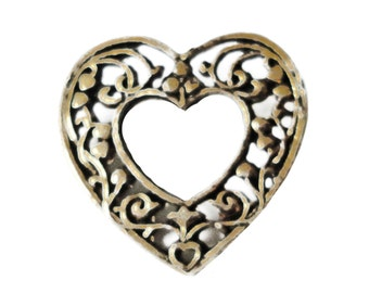 FILIGREE HEART vintage pin lapel brooch badge