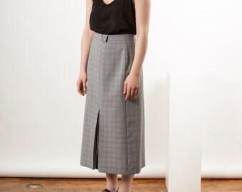ON SALE High Waisted College Skirt / College Vintage Pleated Skirt / Plaid Grey Skirt
