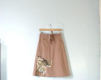 Vintage 70's taupe wrap around skirt, safari african animals, size medium