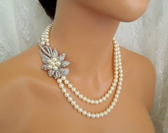 Pearl necklace,bridal pearl necklace,pearl necklace with brooch,rhinestone necklace,pearl and brooch necklace,bridal statement necklace,