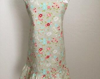 Floral apron, boutique apron, ruffle apron