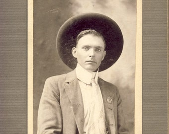 Bright Eyed Handsome Young Man with WIDE-BRIMMED HAT and Wide Collar Photo Circa 1900