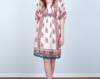 70's Hippie Dress / Indian Paisley Empire Waist Peasant White Boho Festival 60's / Small Medium