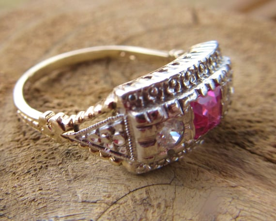 14KT Romantic Pink Sapphire Art Deco Genuine Diamond Ring