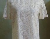 """Vintage Notations Short Sleeved Cream Lace Blouse Body Lined/Sleeves Unlined Bust 40"""" Waist 40"""""""