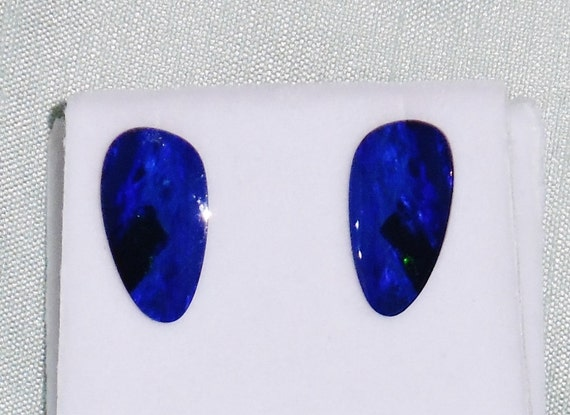 GENUINE 7cts Blue Green Doublet Opal stones, SOLID 14kt yellow gold Stud Earrings