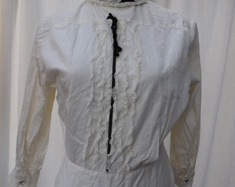 White 1940s 50s Vintage Cotton Lace Velvet Tie Rhinestone Back Buttoned Blouse