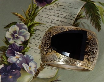 WIDE FREIRICH Signed Etched Gold Hinged Cuff Bracelet w/ Black Stone    NCG27