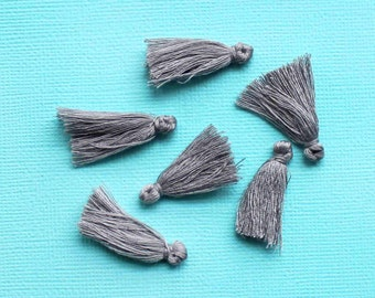5 Mini Tassels 25mm to 30mm Cotton Perfect for So Many Projects Dove Grey - Z152