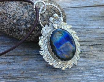 Sterling silver Labradorite Pendant. blue flash Labradorite necklace, floral wreath pendant, gardening gifts, bohemian pendant
