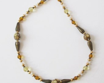 Vintage Beaded Necklace Earth Tone Beads