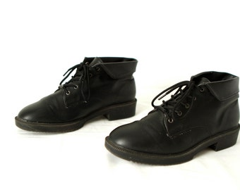 Size 7 women's grunge CHUKKA 80s 90s Black VEGAN ankle boot shoes