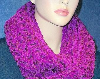 Purple Crochet Infinity Scarf, Purple Scarf,  Purple loop Scarf, Comfy Infinity Scarf,Chunky Purple Infinity Scarf Plush Infinity Scarf