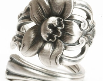 Narcissus Flower Ring, Sterling Silver Spoon Ring, Daffodil Flower, Antique Wallace ca 1909, Handmade Gift for Her, Custom Ring Size (6022)