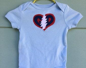Grateful Baby ~ Grateful Dead Onesie light blue, 6-9 months, American Beauty, Stealie, Jerry Garcia OOAK